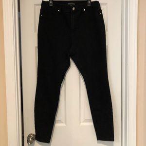 Forever 21 plus size black jean